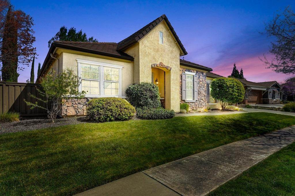 2. Single Family Homes for Active at 9310 Eagle Springs Place Roseville, California 95747 United States