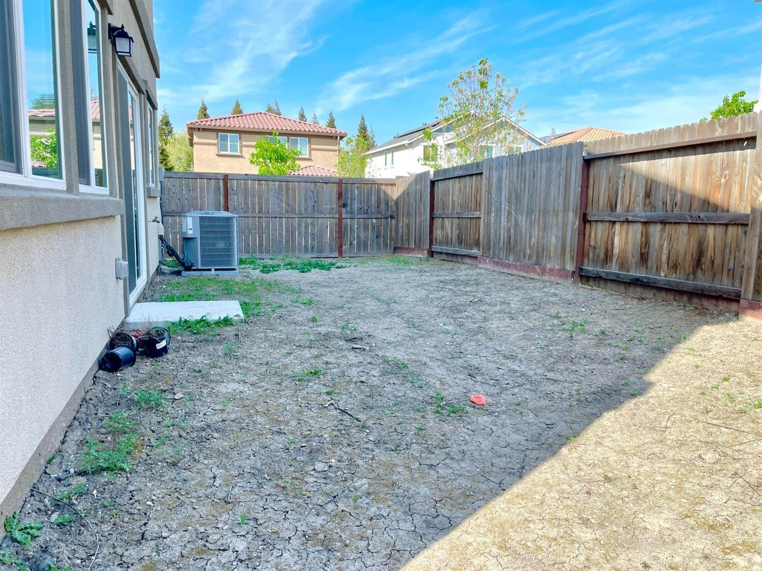33. Single Family Homes for Active at 4578 Golden Alder Street Sacramento, California 95834 United States