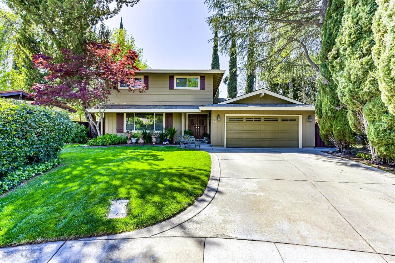 Single Family Homes for Active at 22 Spray Court Sacramento, California 95831 United States