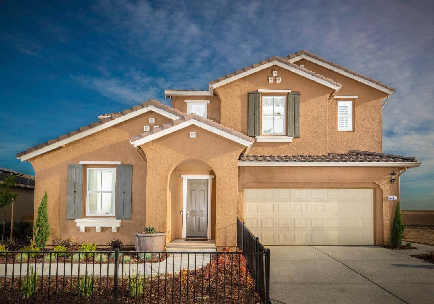 Single Family Homes for Active at 3249 Adelaide Loop Roseville, California 95747 United States