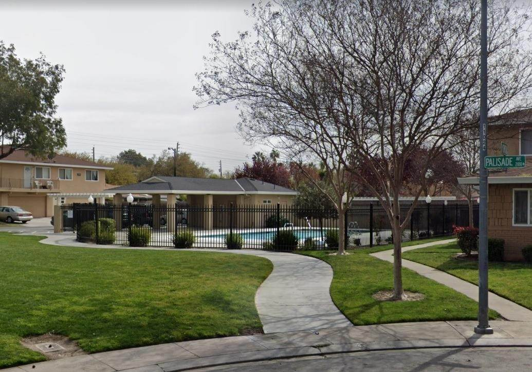 8. Single Family Homes for Active at 2120 Palisade Avenue Modesto, California 95350 United States