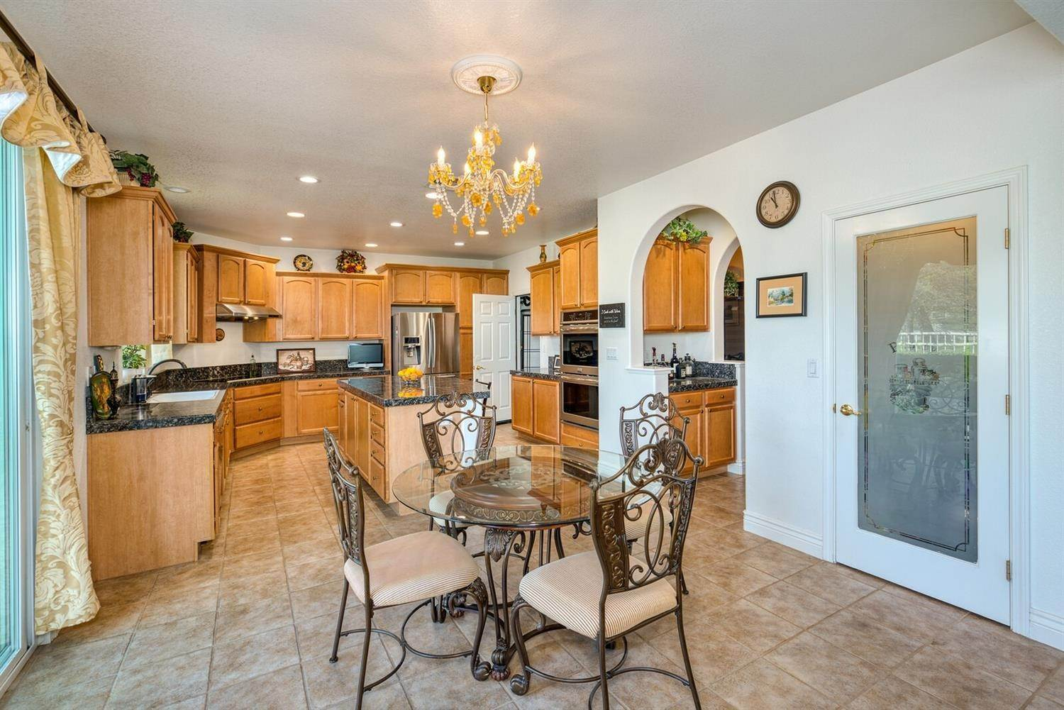 13. Single Family Homes for Active at 7539 Colbert Drive Rancho Murieta, California 95683 United States