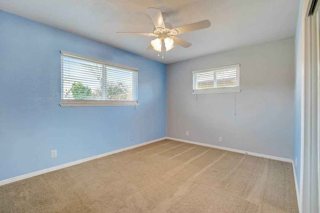 27. Single Family Homes for Active at 2639 Garrett Way Rancho Cordova, California 95670 United States