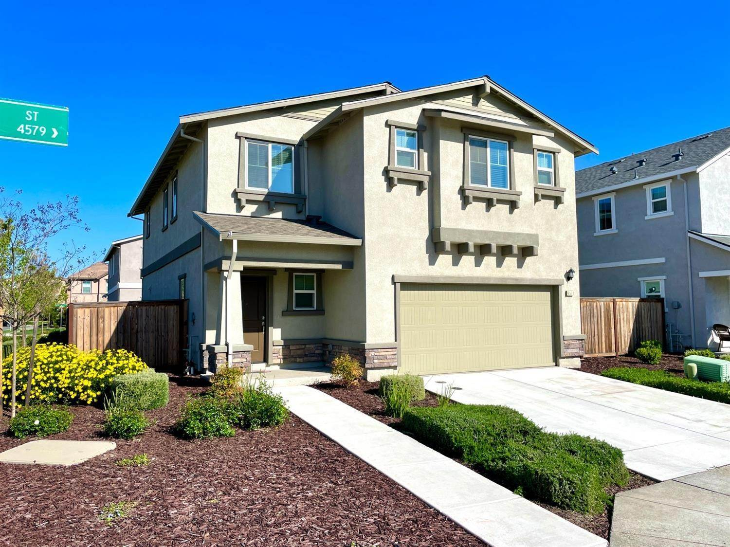 2. Single Family Homes for Active at 4578 Golden Alder Street Sacramento, California 95834 United States