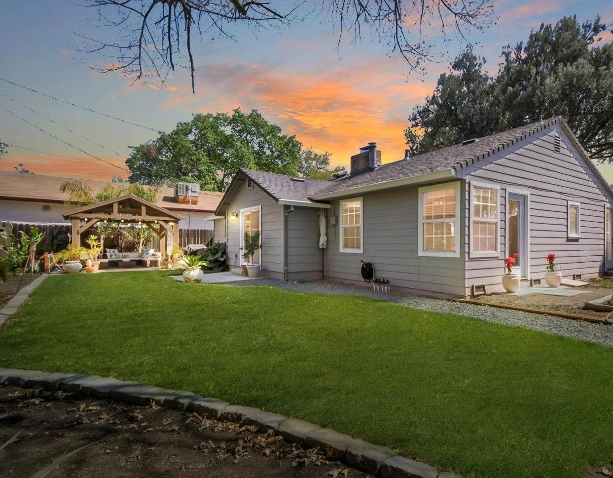 2. Single Family Homes for Active at 2113 Cochran Road Lodi, California 95242 United States