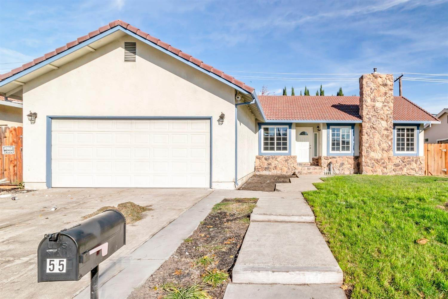 Single Family Homes for Active at 55 Carmel Way Tracy, California 95376 United States