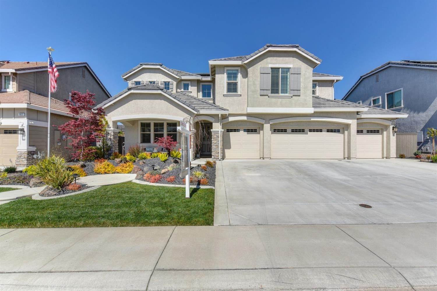 4. Single Family Homes for Active at 967 Dusty Stone Loop Rocklin, California 95765 United States