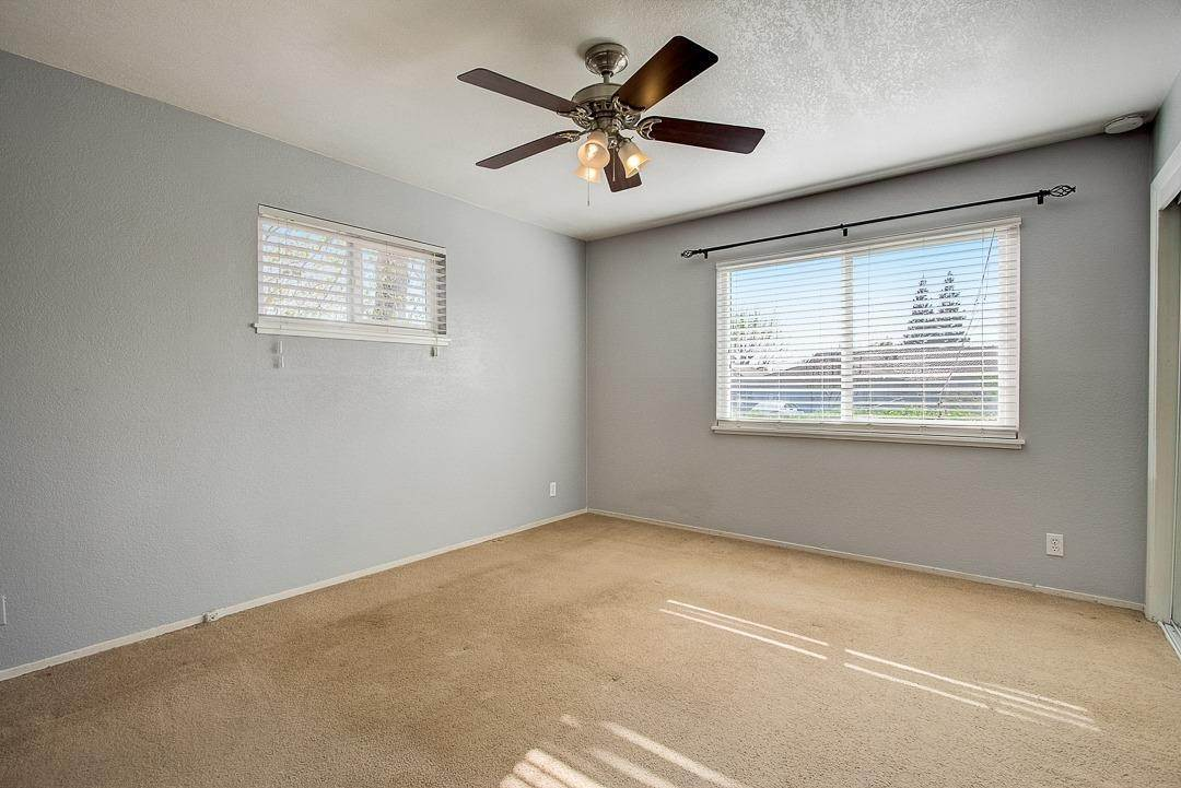 24. Single Family Homes for Active at 2639 Garrett Way Rancho Cordova, California 95670 United States
