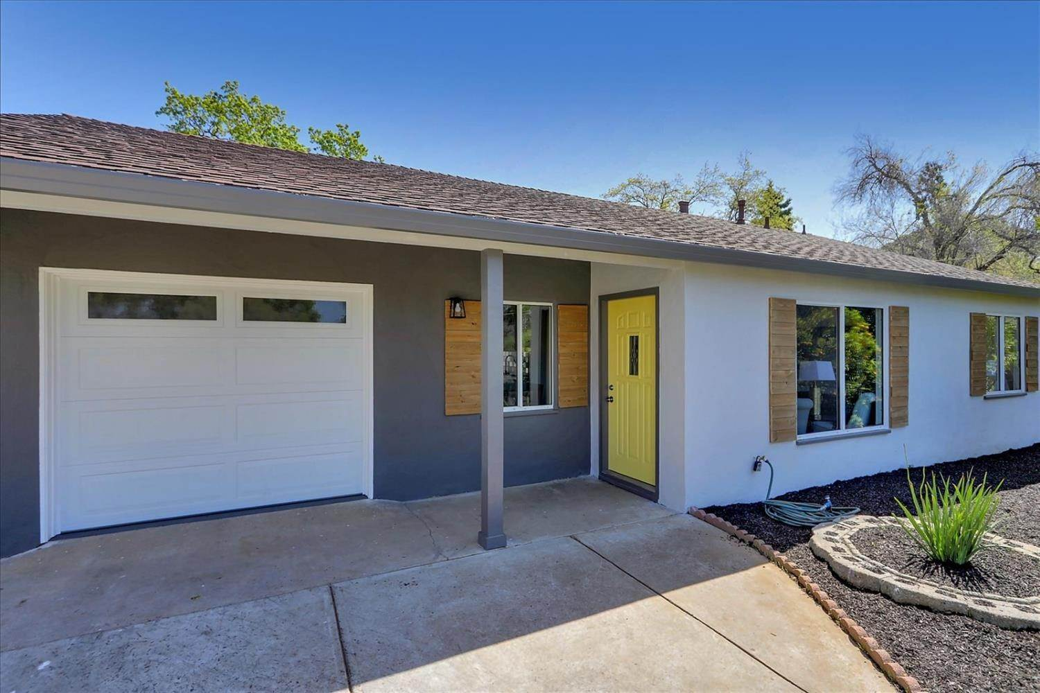Single Family Homes por un Venta en 1150 Francine Court Concord, California 94518 Estados Unidos
