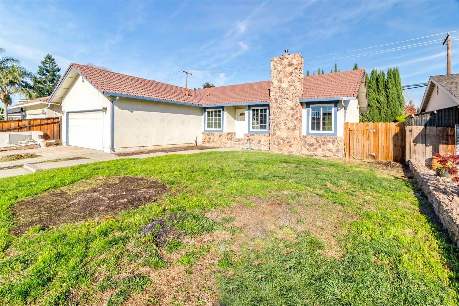 3. Single Family Homes for Active at 55 Carmel Way Tracy, California 95376 United States