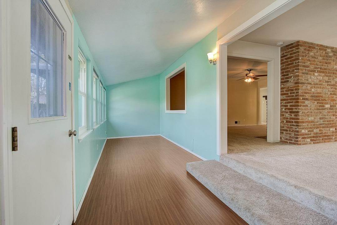 23. Single Family Homes for Active at 2639 Garrett Way Rancho Cordova, California 95670 United States