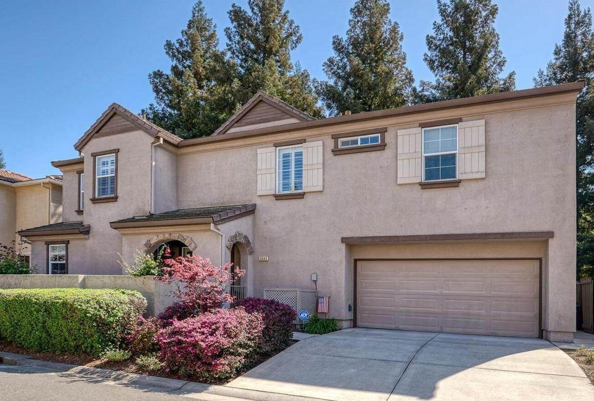 34. Single Family Homes for Active at 8046 Linda Isle Lane Sacramento, California 95831 United States