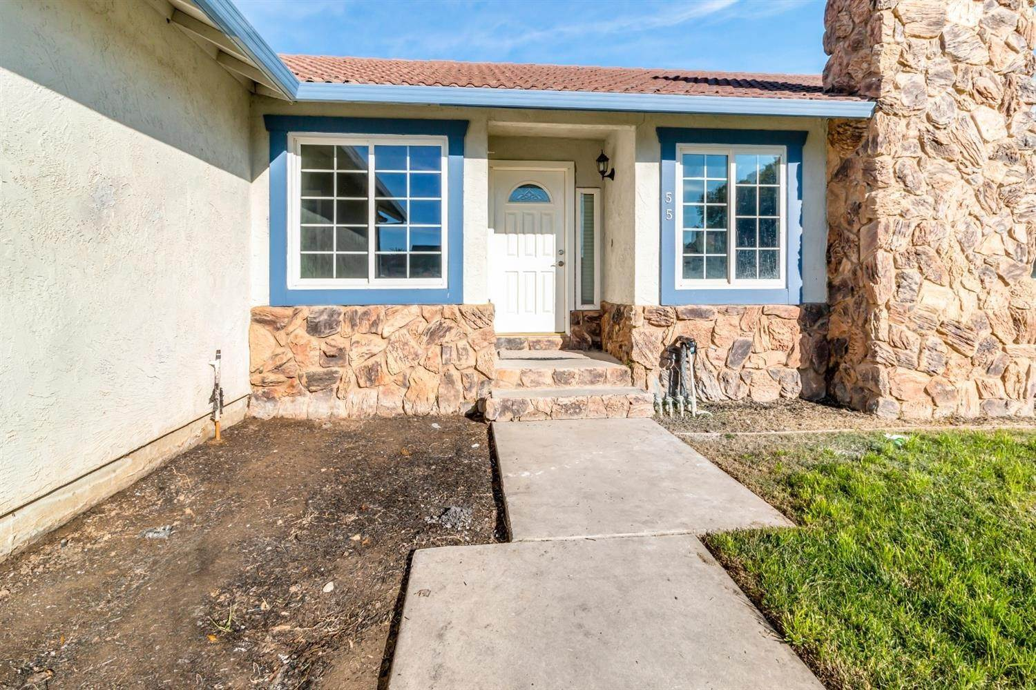 4. Single Family Homes for Active at 55 Carmel Way Tracy, California 95376 United States