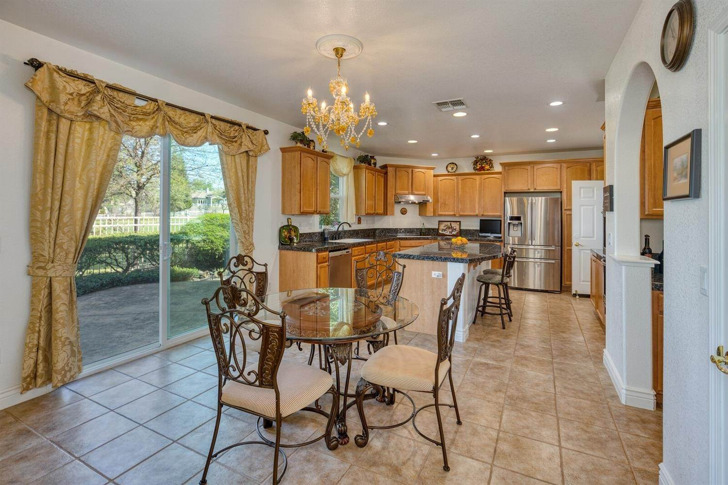12. Single Family Homes for Active at 7539 Colbert Drive Rancho Murieta, California 95683 United States