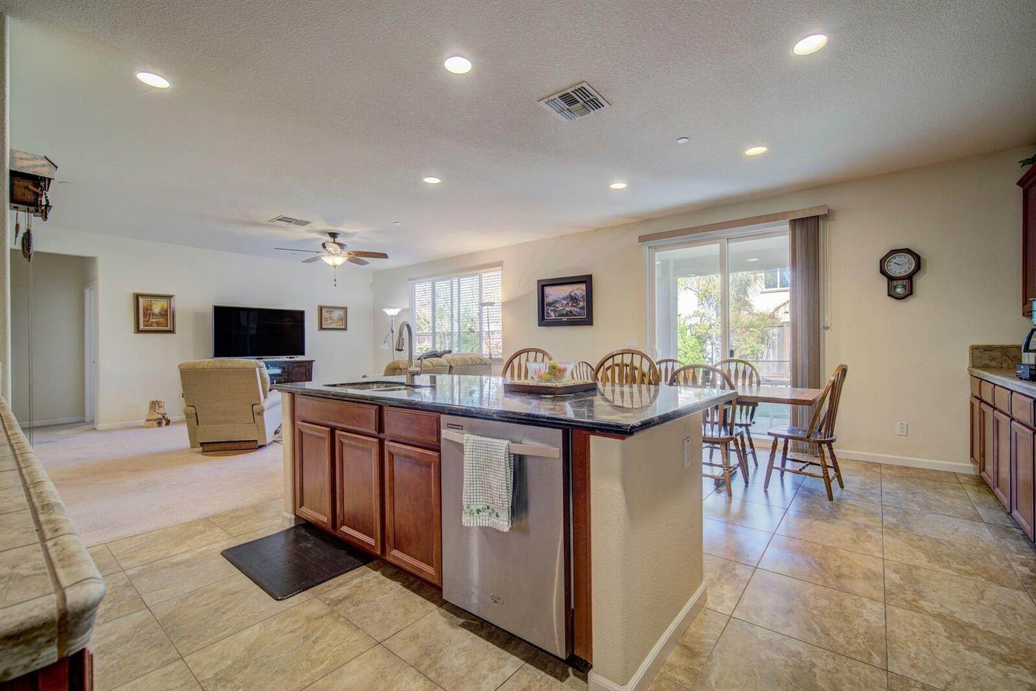 8. Single Family Homes for Active at 1588 Flora Way Lincoln, California 95648 United States