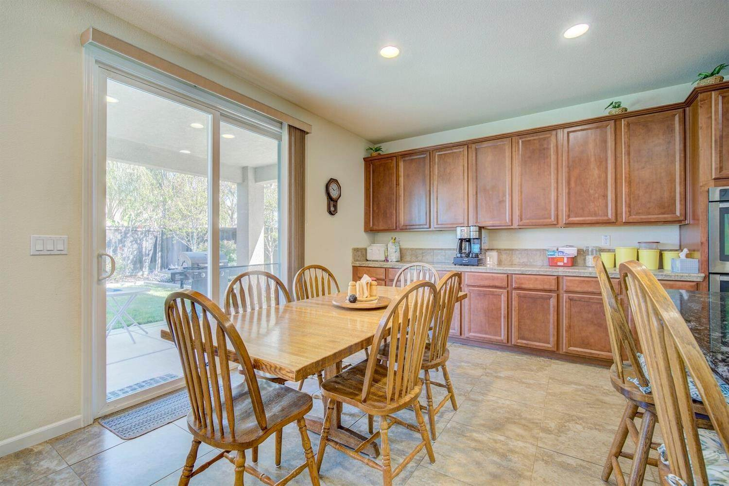 10. Single Family Homes for Active at 1588 Flora Way Lincoln, California 95648 United States