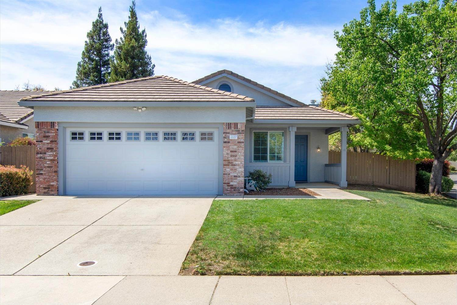 1. Single Family Homes for Active at 1127 Newmark Way Folsom, California 95630 United States