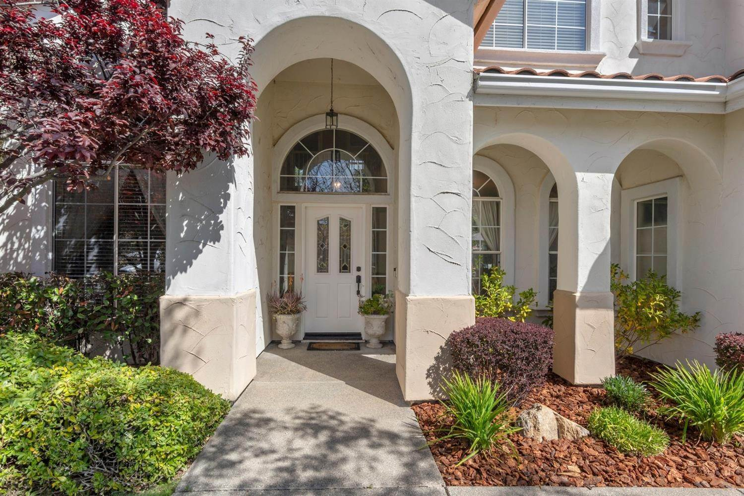 7. Single Family Homes for Active at 9373 Moondancer Circle Roseville, California 95747 United States