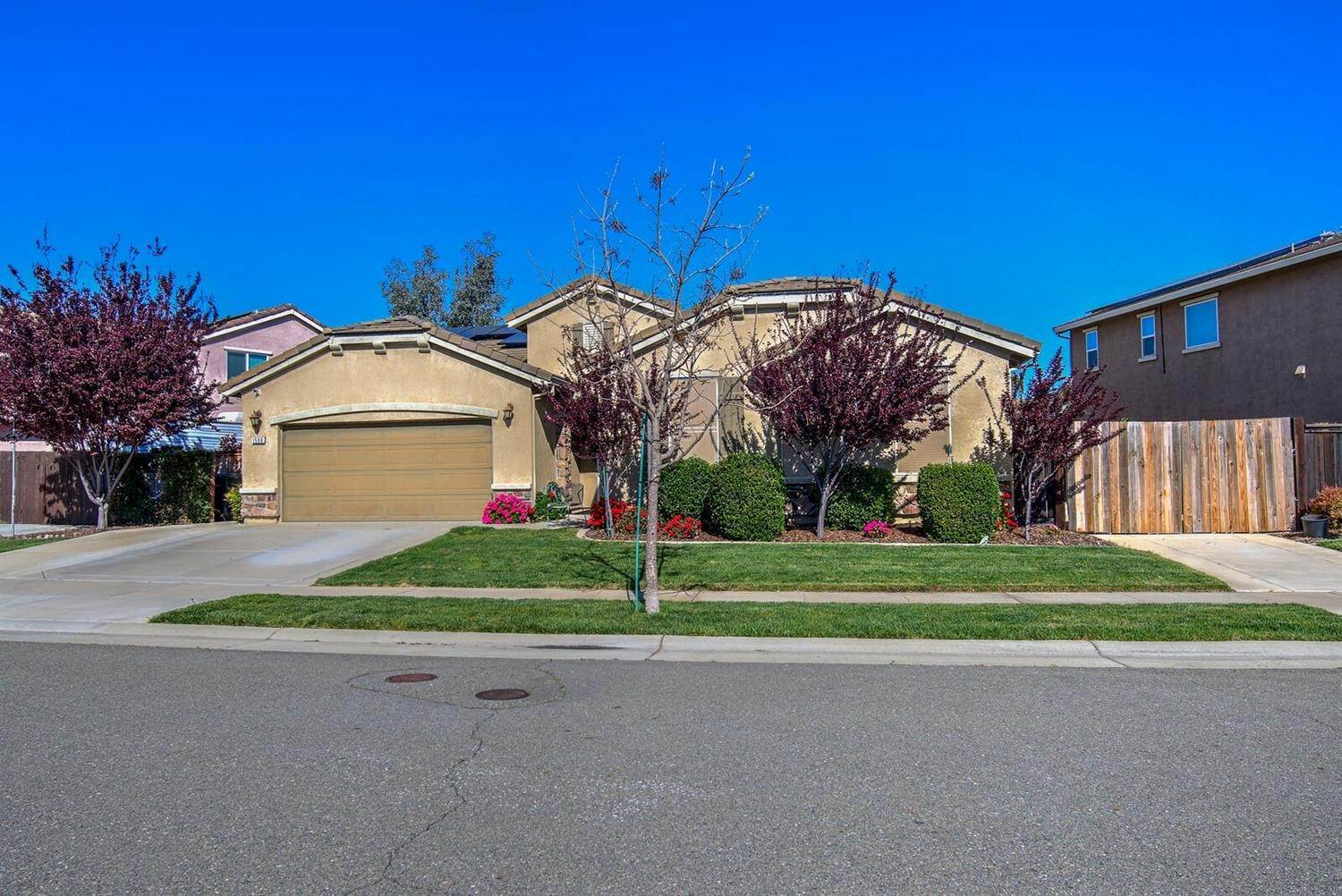 Single Family Homes for Active at 1588 Flora Way Lincoln, California 95648 United States