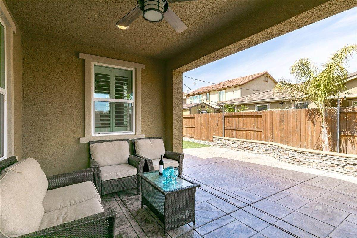25. Single Family Homes for Active at 3725 Thermiac Gulf Way Sacramento, California 95834 United States