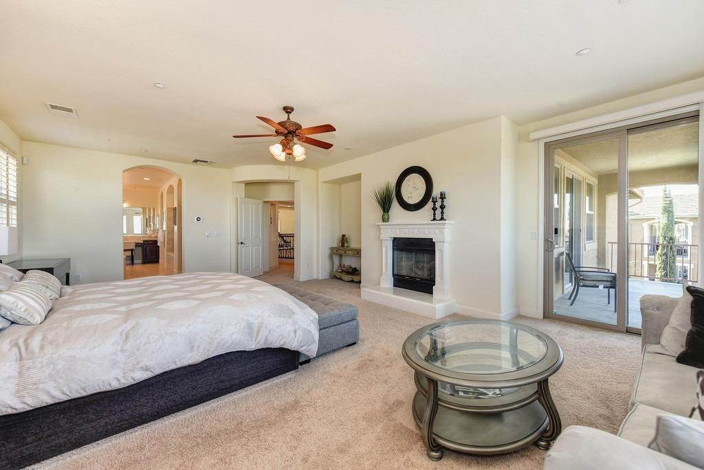 20. Single Family Homes for Active at 1561 Bella Circle Lincoln, California 95648 United States