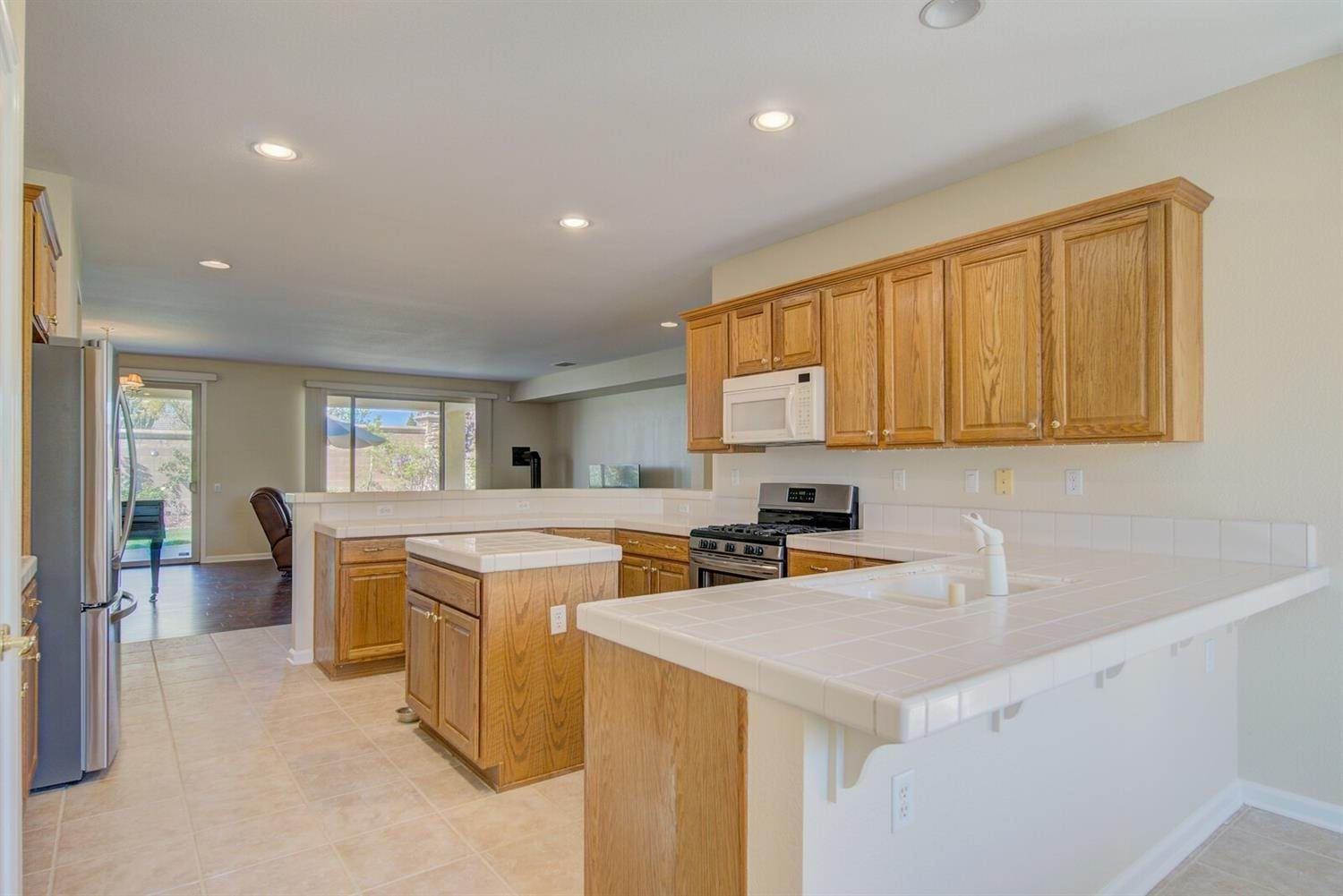 11. Single Family Homes for Active at 998 Gold Nugget Circle Lincoln, California 95648 United States