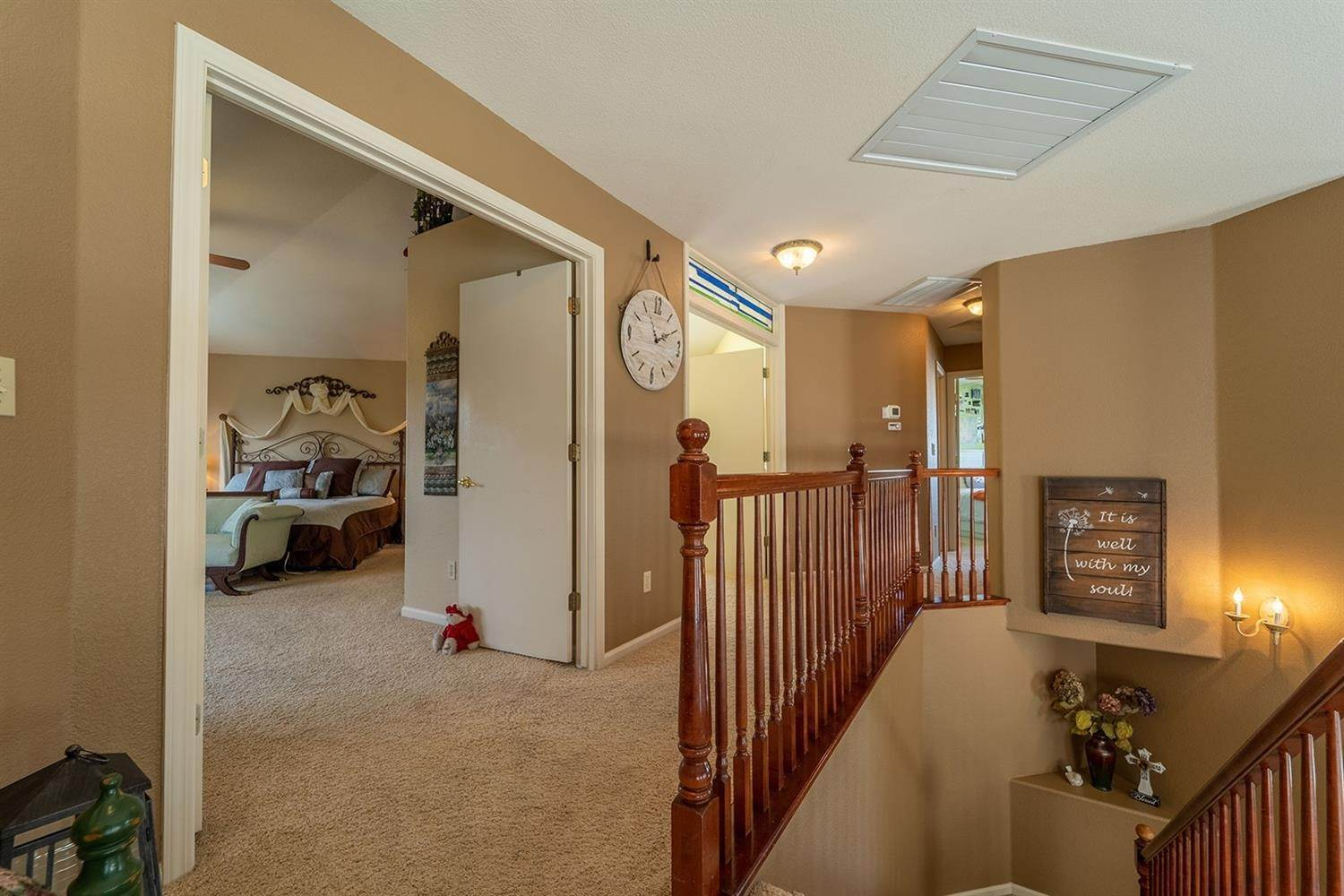 30. Single Family Homes for Active at 3305 Princeville Court Modesto, California 95355 United States
