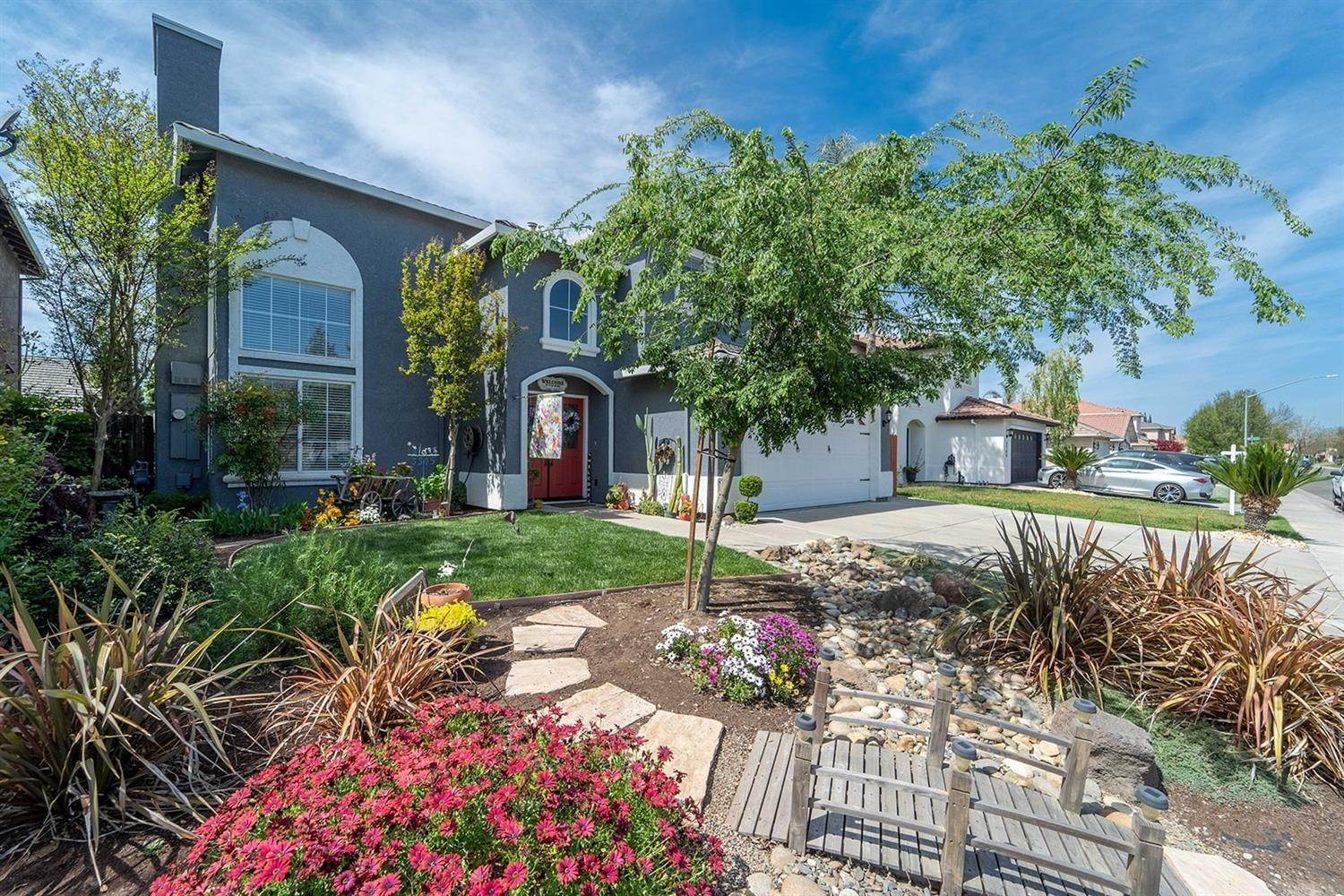 8. Single Family Homes for Active at 3305 Princeville Court Modesto, California 95355 United States