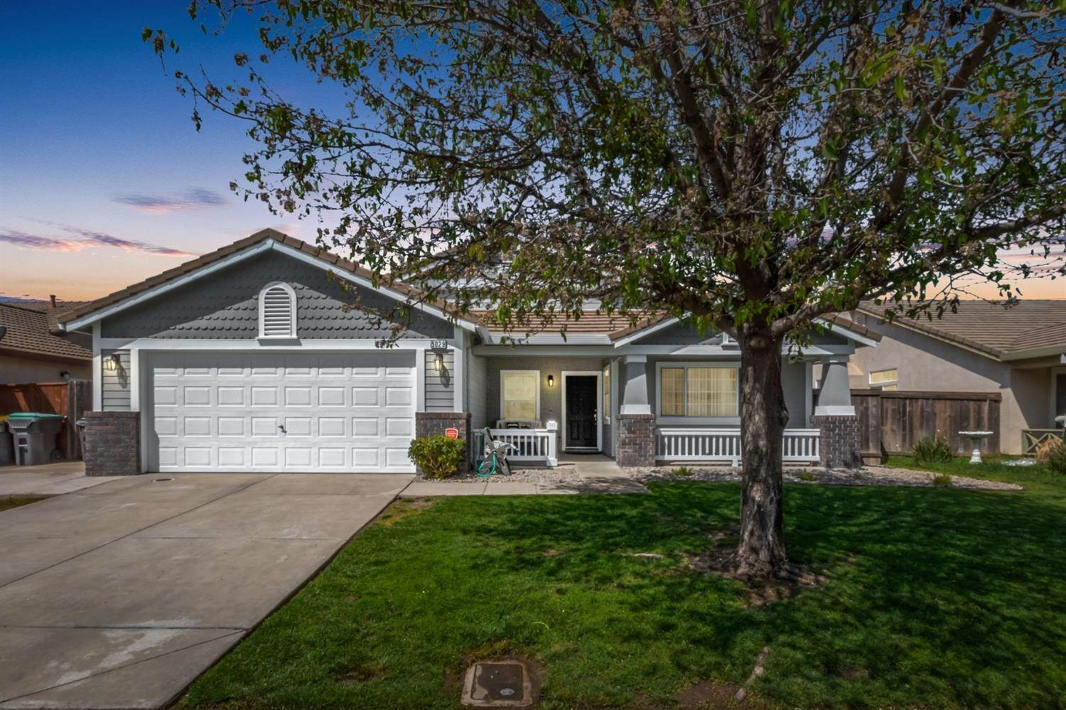 2. Single Family Homes for Active at 5029 Alee Lane Stockton, California 95206 United States
