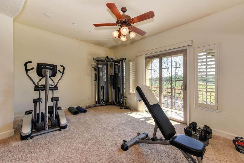 36. Single Family Homes for Active at 1561 Bella Circle Lincoln, California 95648 United States