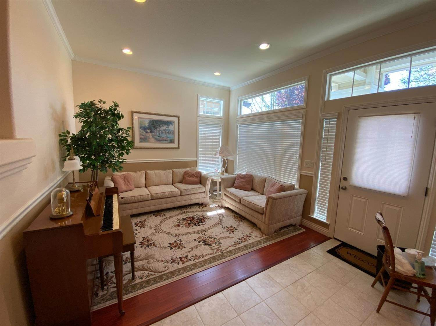 7. Single Family Homes for Active at 9276 Balboa Park Way Elk Grove, California 95624 United States