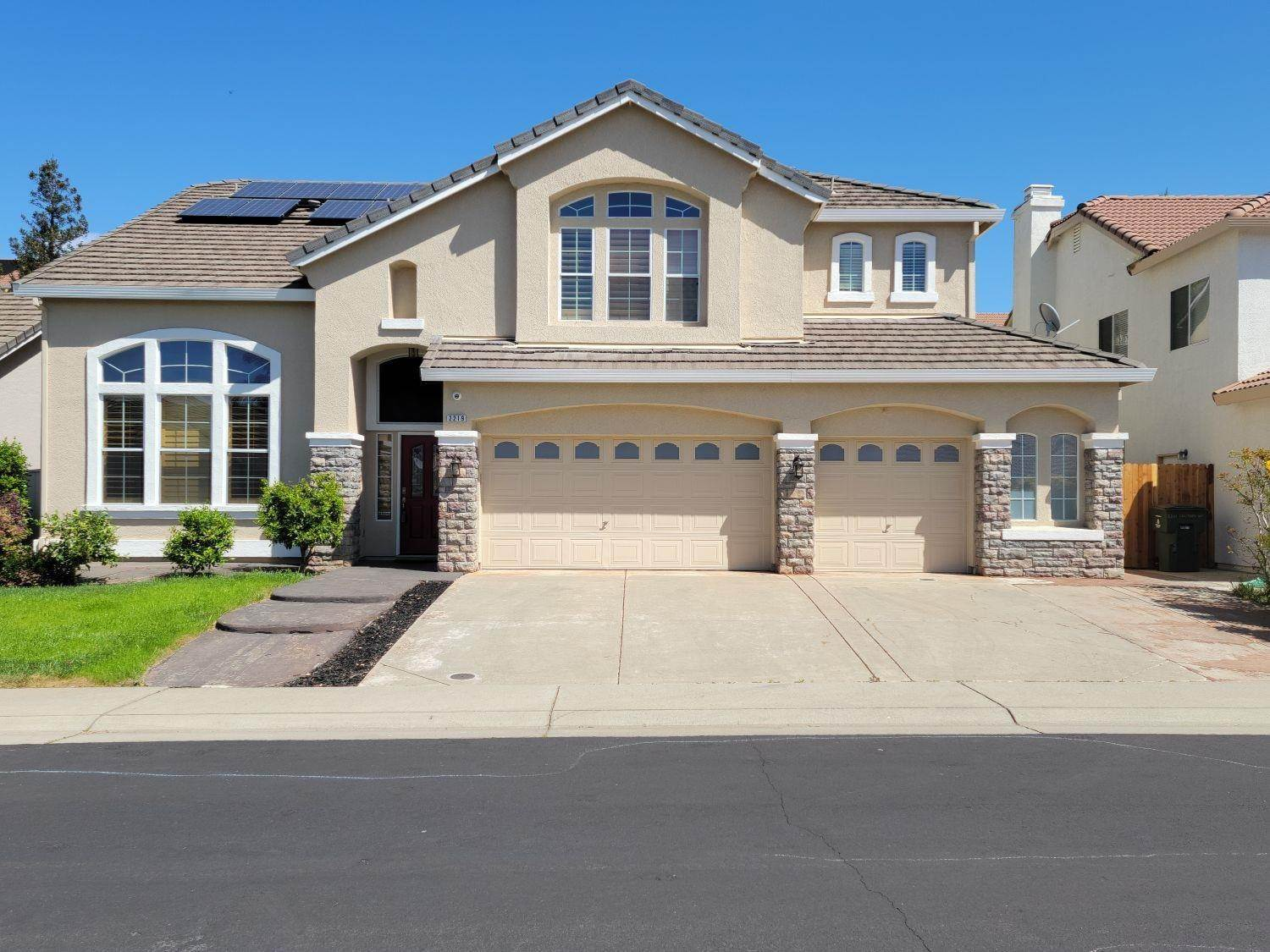 Single Family Homes for Active at 2219 Solitude Way Rocklin, California 95765 United States