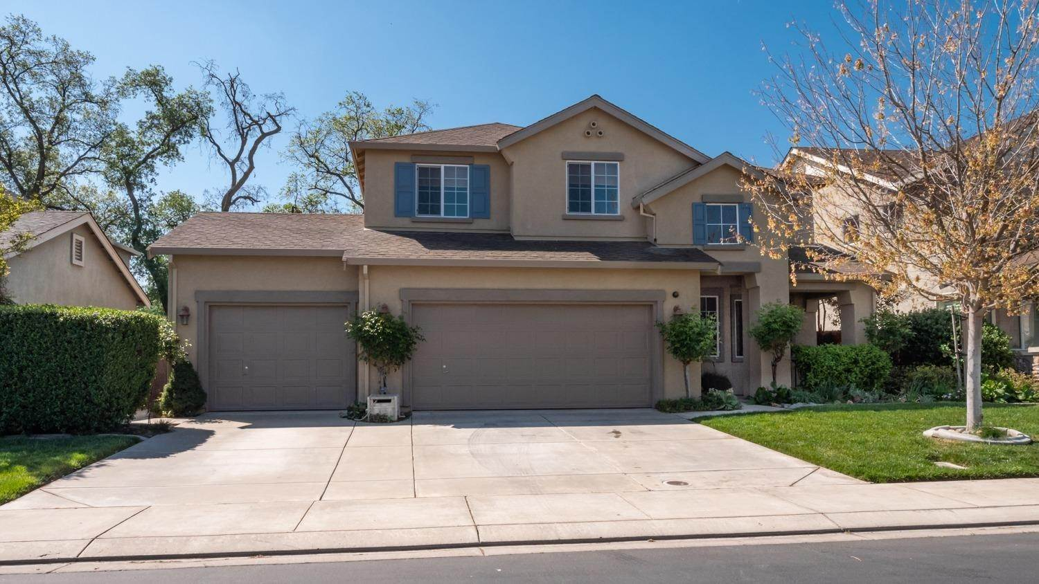 Single Family Homes for Active at 13110 Rivercrest Drive Waterford, California 95386 United States