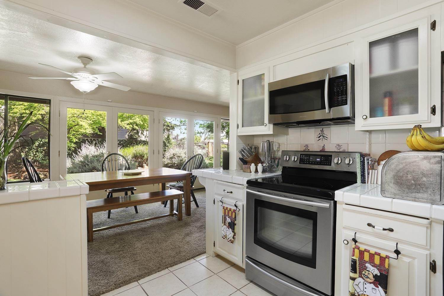 14. Single Family Homes for Active at 3628 Wood Duck Circle Stockton, California 95207 United States