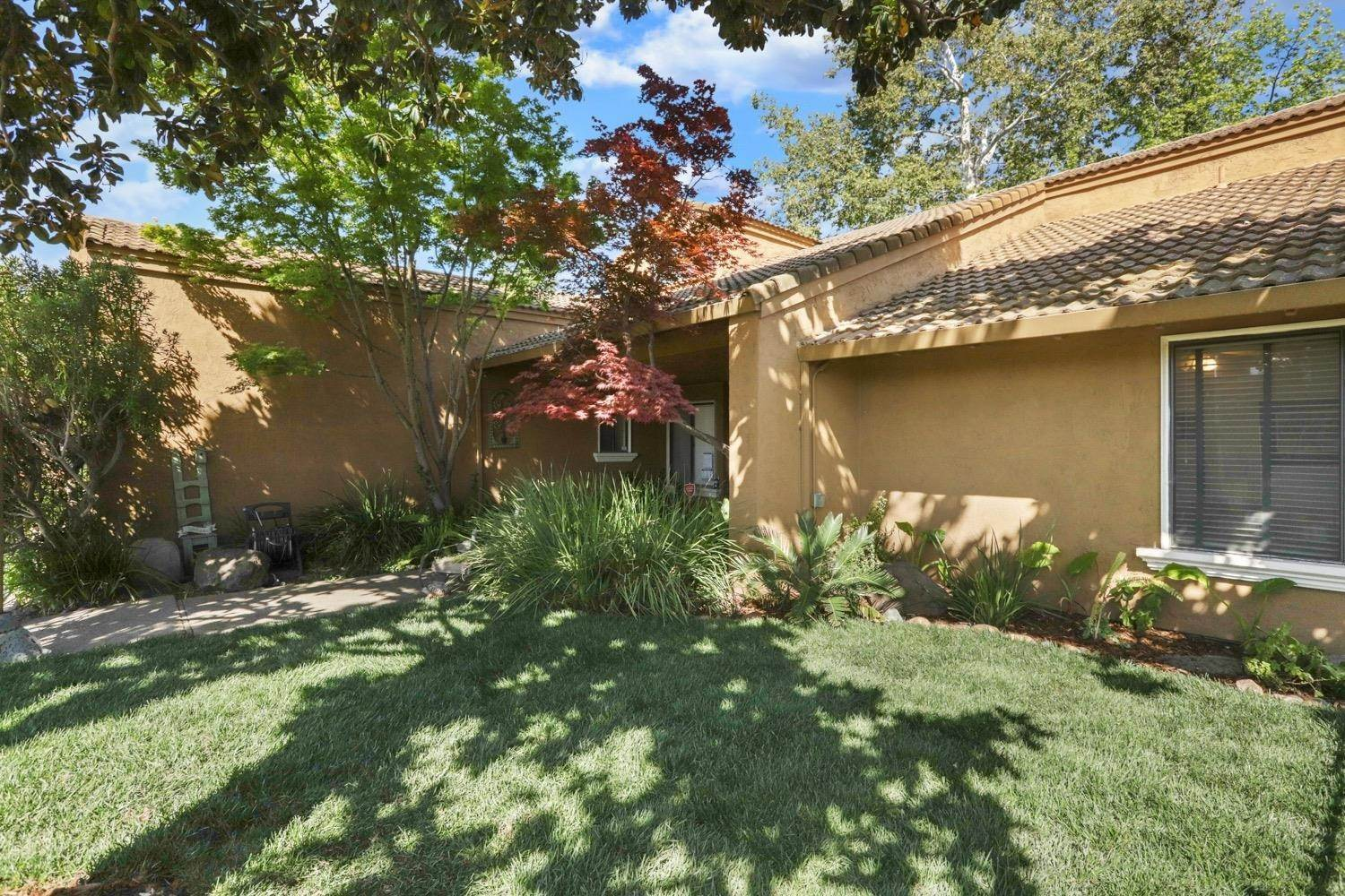 3. Single Family Homes for Active at 3628 Wood Duck Circle Stockton, California 95207 United States