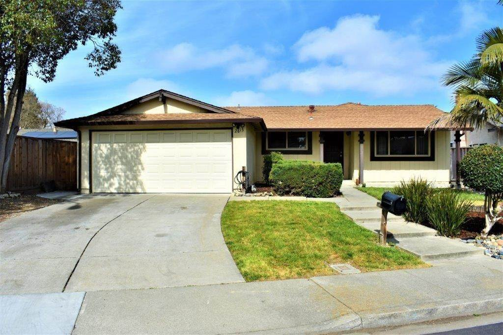 Single Family Homes por un Venta en 2815 Dowe Union City, California 94587 Estados Unidos