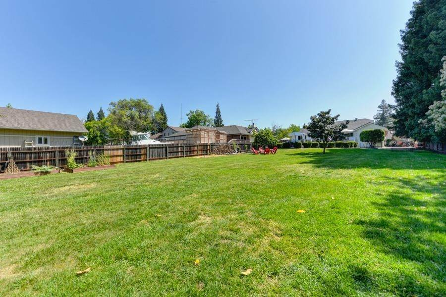 47. Single Family Homes for Active at 6607 Poni Court Orangevale, California 95662 United States