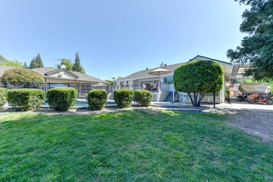 44. Single Family Homes for Active at 6607 Poni Court Orangevale, California 95662 United States