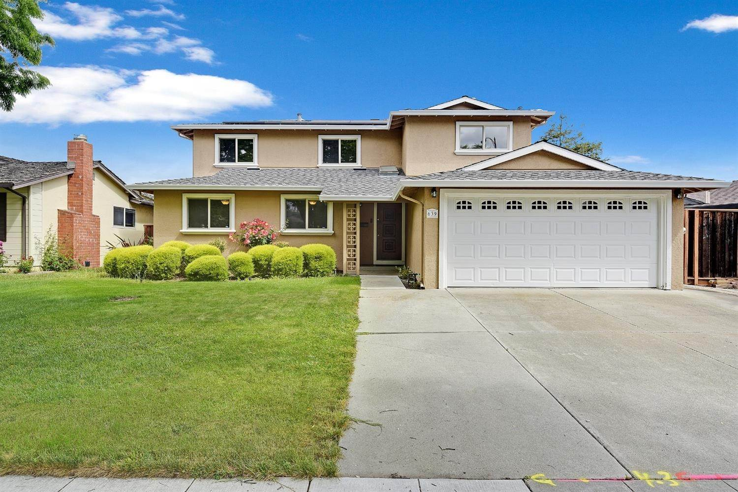 38. Single Family Homes for Active at 639 Shawnee Lane San Jose, California 95123 United States