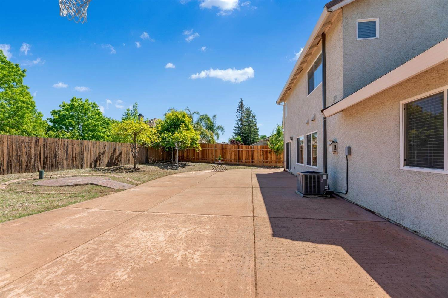 47. Single Family Homes for Active at 9729 Dynasty Way Elk Grove, California 95624 United States