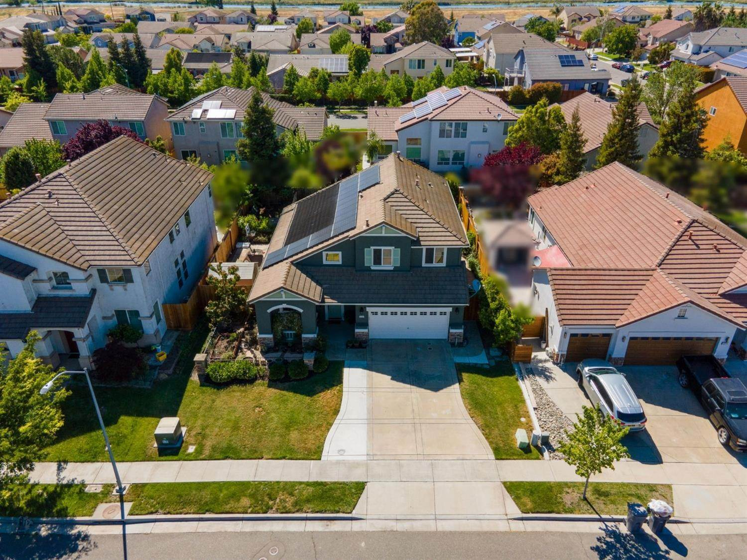 34. Single Family Homes for Active at 3324 San Salvador Street West Sacramento, California 95691 United States