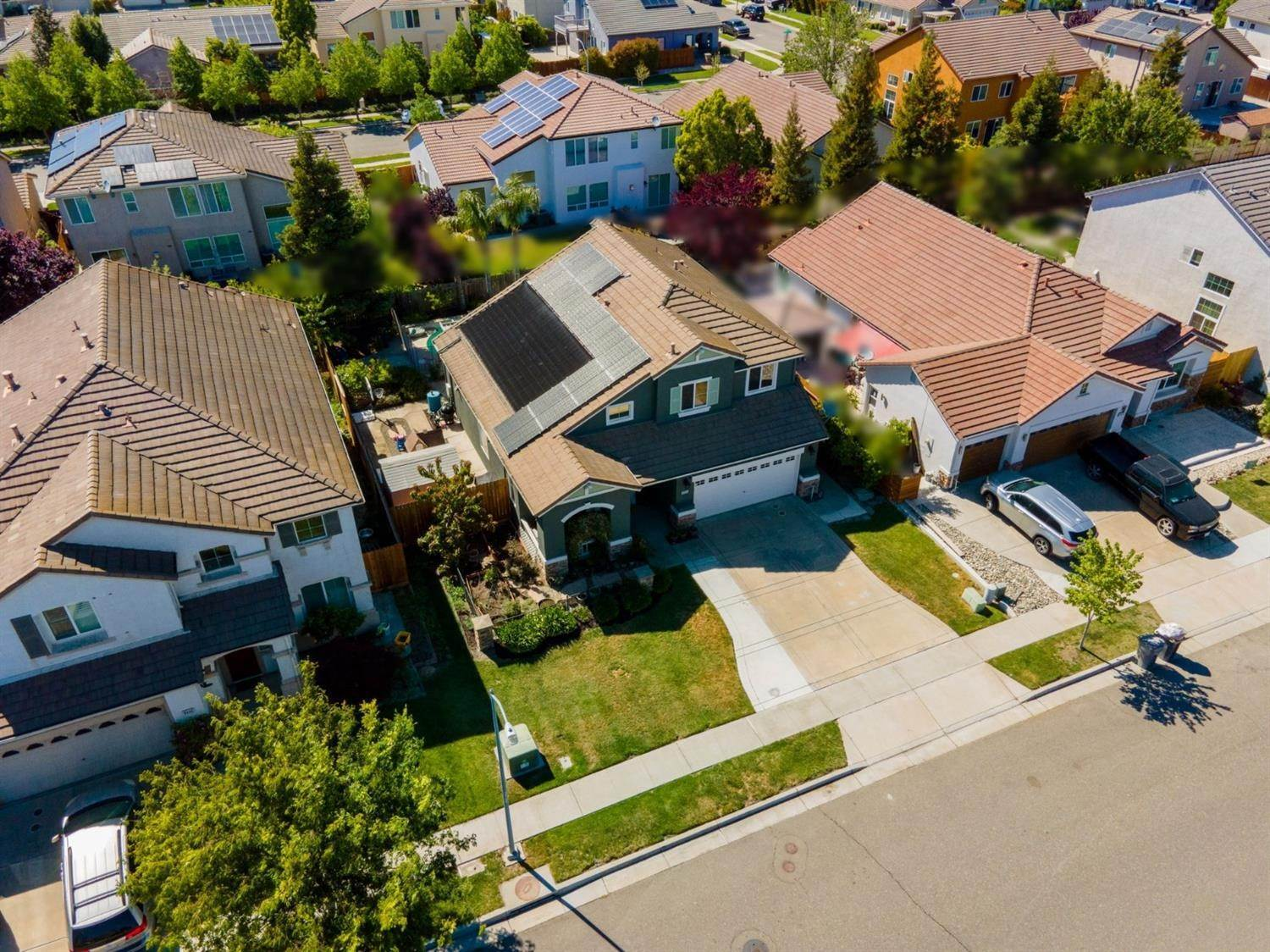 33. Single Family Homes for Active at 3324 San Salvador Street West Sacramento, California 95691 United States
