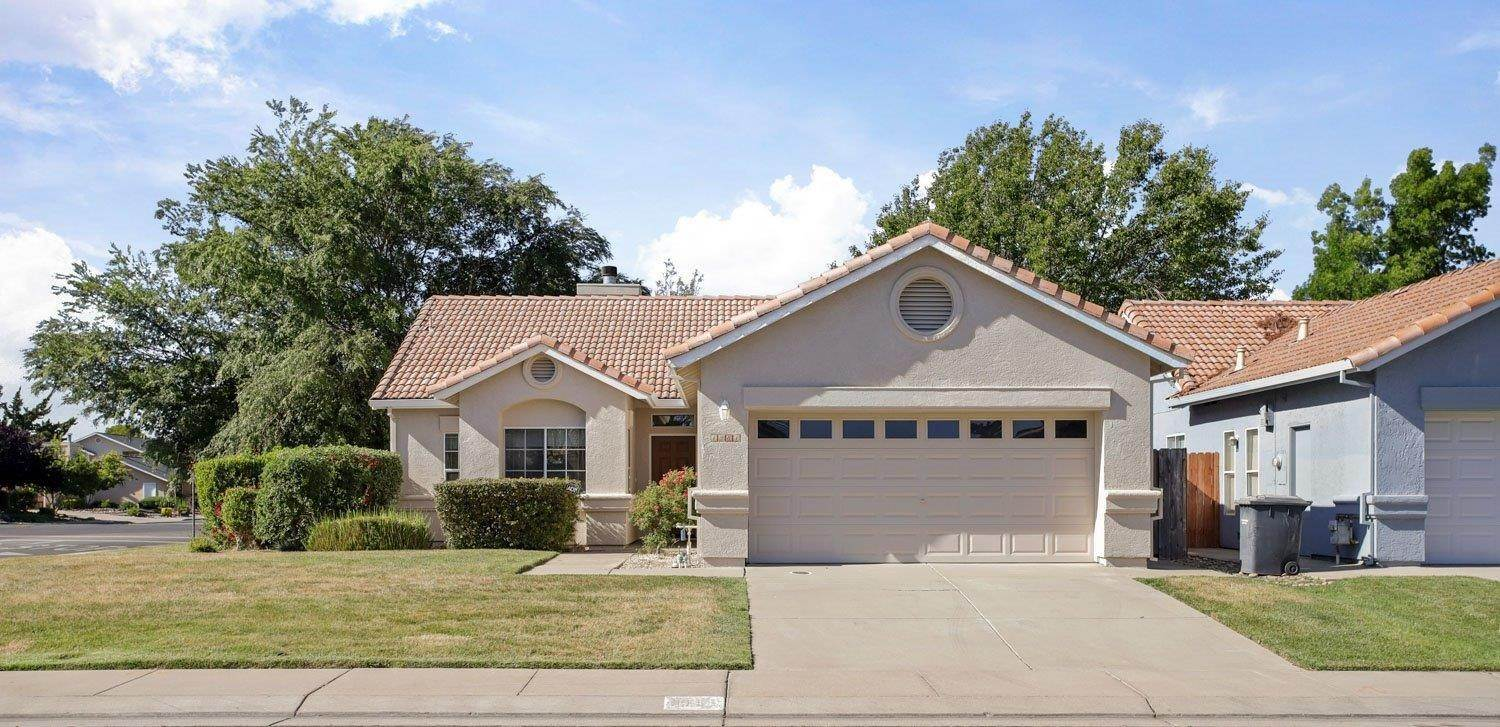 Single Family Homes for Active at 1981 Yorktown Drive Lodi, California 95242 United States