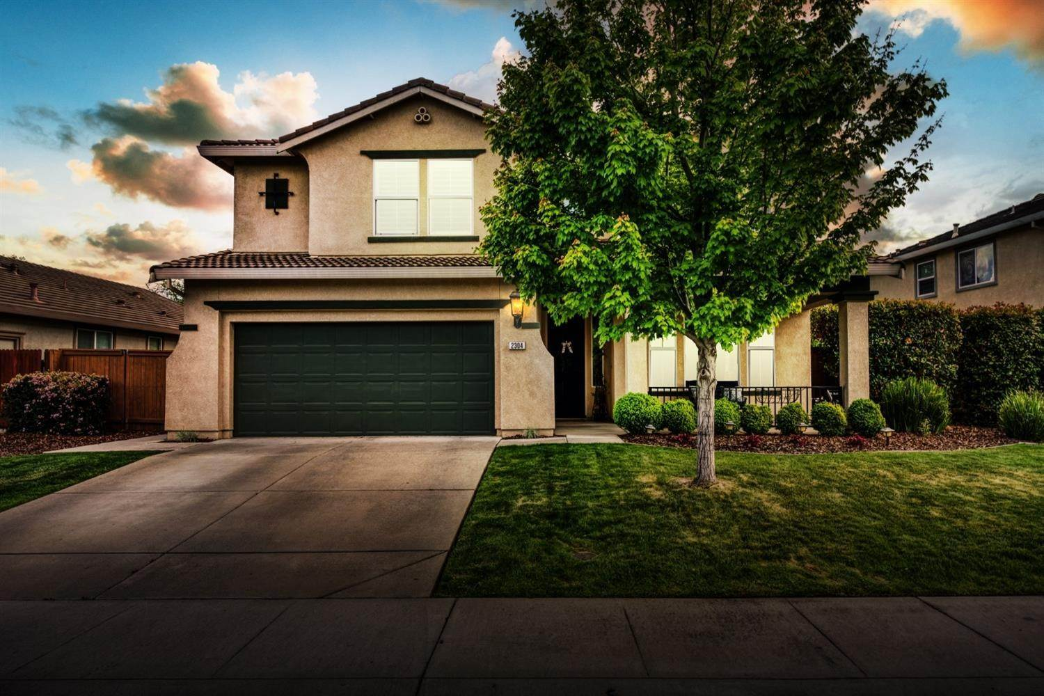 Single Family Homes for Active at 2304 Clearbrook Circle Roseville, California 95747 United States