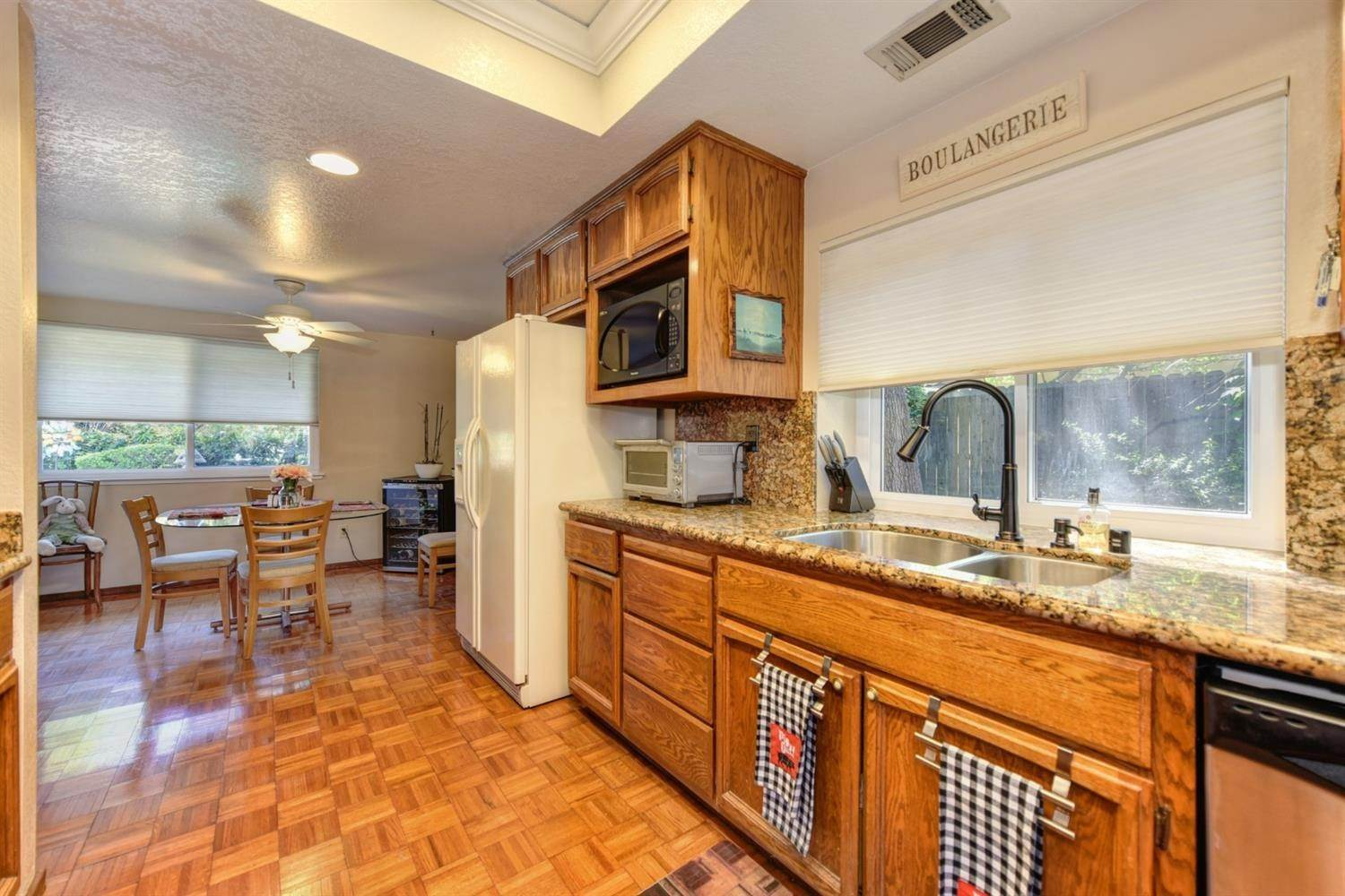 11. Single Family Homes for Active at 5324 Lequel Way Carmichael, California 95608 United States
