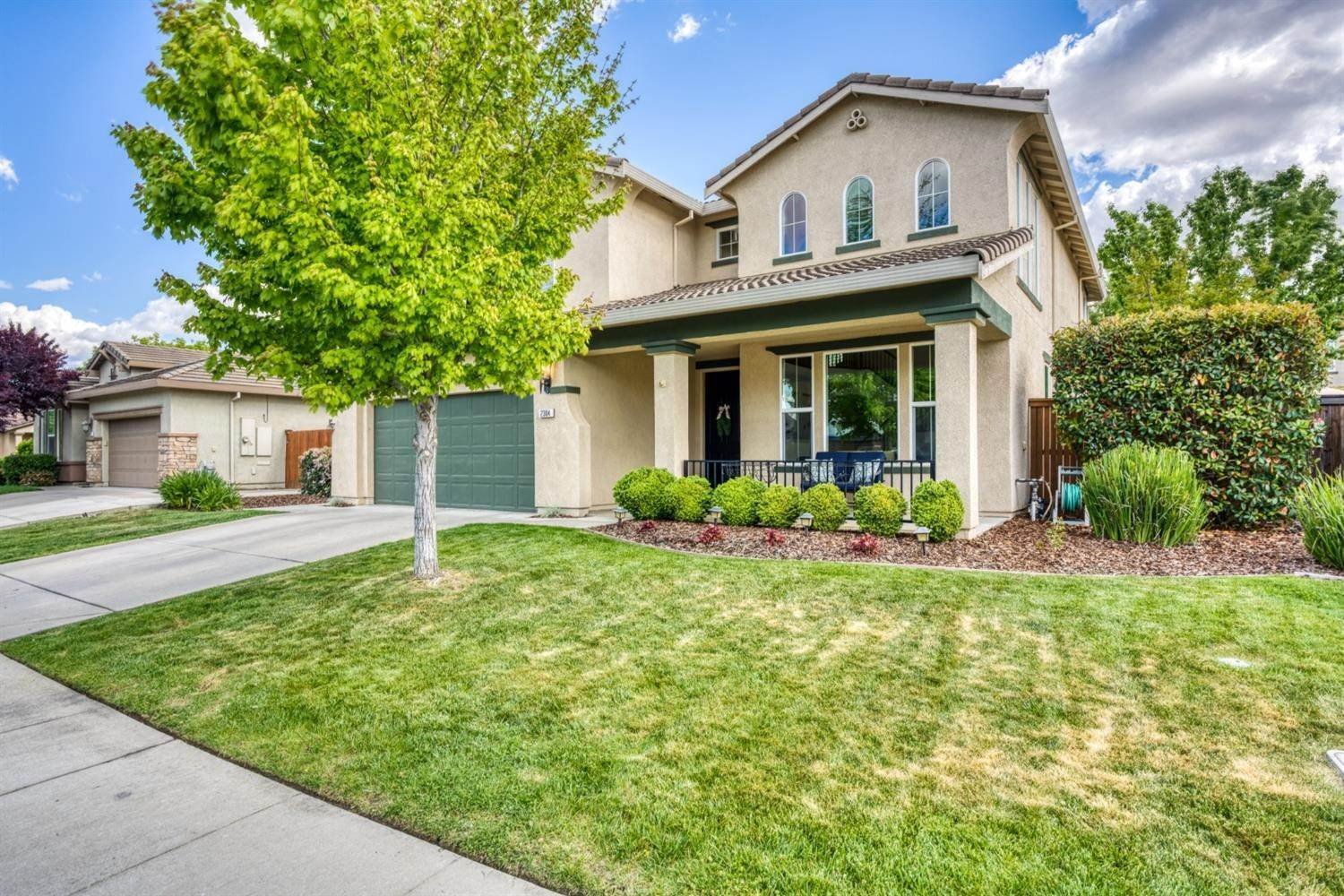 3. Single Family Homes for Active at 2304 Clearbrook Circle Roseville, California 95747 United States