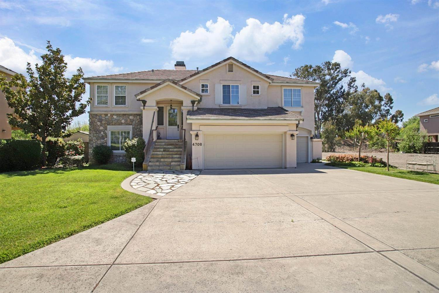 5. Single Family Homes for Active at 4708 Saint Andrews Drive Stockton, California 95219 United States