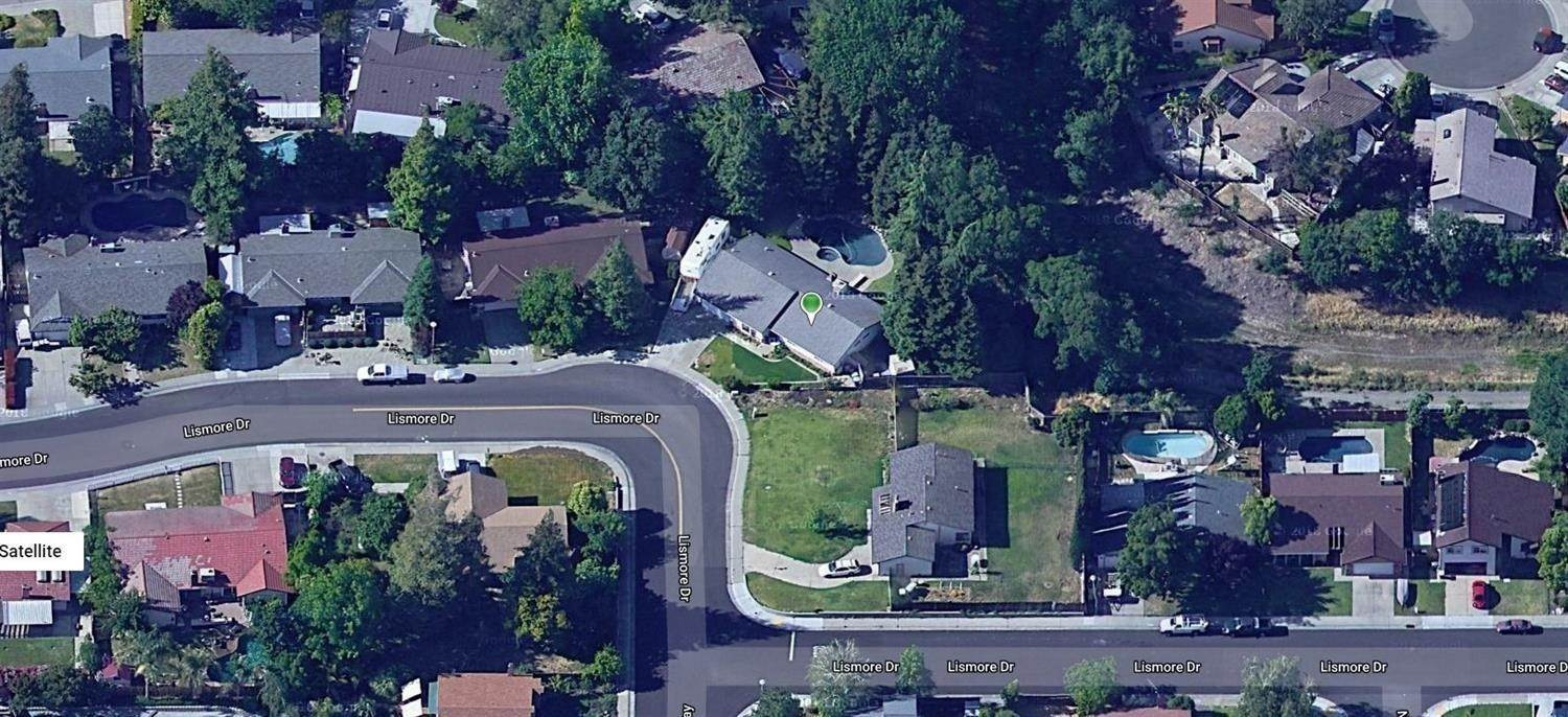 36. Single Family Homes for Active at 8977 Lismore Elk Grove, California 95624 United States