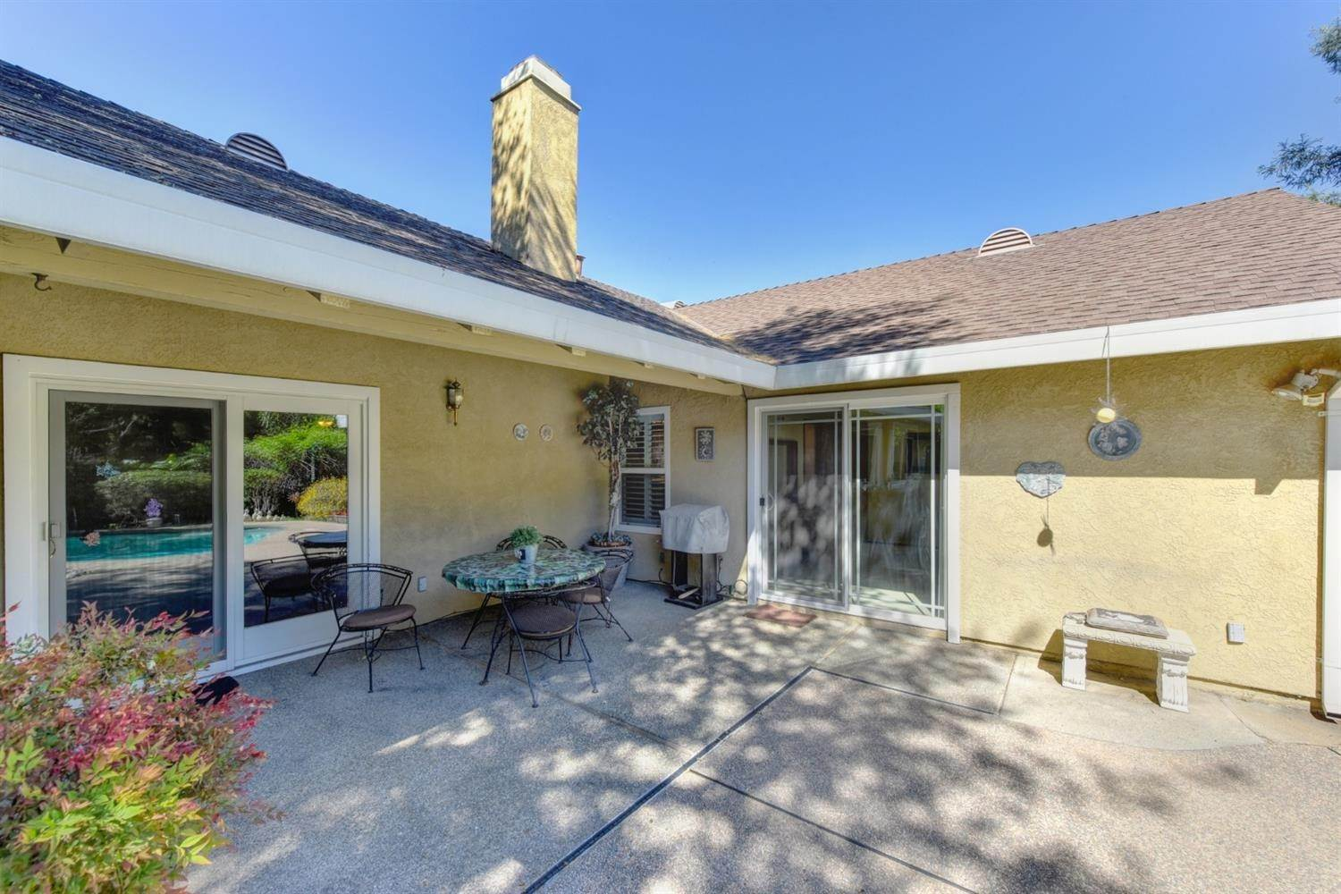 35. Single Family Homes for Active at 5324 Lequel Way Carmichael, California 95608 United States