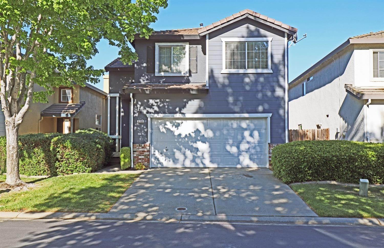2. Single Family Homes for Active at 8769 White Cedar Elk Grove, California 95758 United States